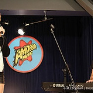 PICTURE THIS: Ellie Goulding @ Amoeba Records, Hollywood 10/17/12