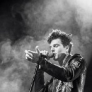 PICTURE THIS: The Neighbourhood + Bad Suns + White Arrows @ Fox Theatre, Oakland 7/25/14