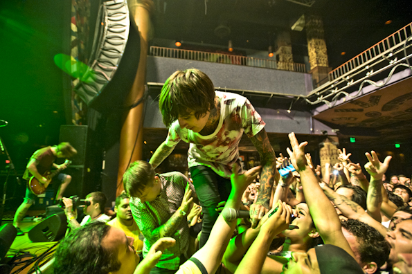 Bring Me The Horizon_Oli Sykes_HOB_SD_08_31_2011_1