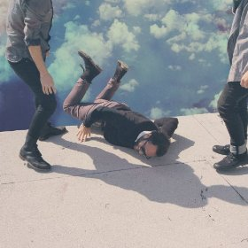 Local Natives-hummingbird