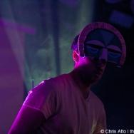 LIVE REVIEW: SBTRKT @ Bottom Lounge, Chicago 11/4/11