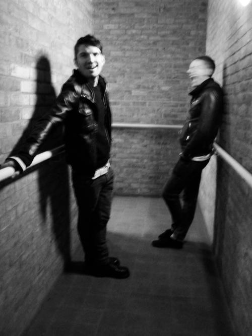knocking+ghost+UK